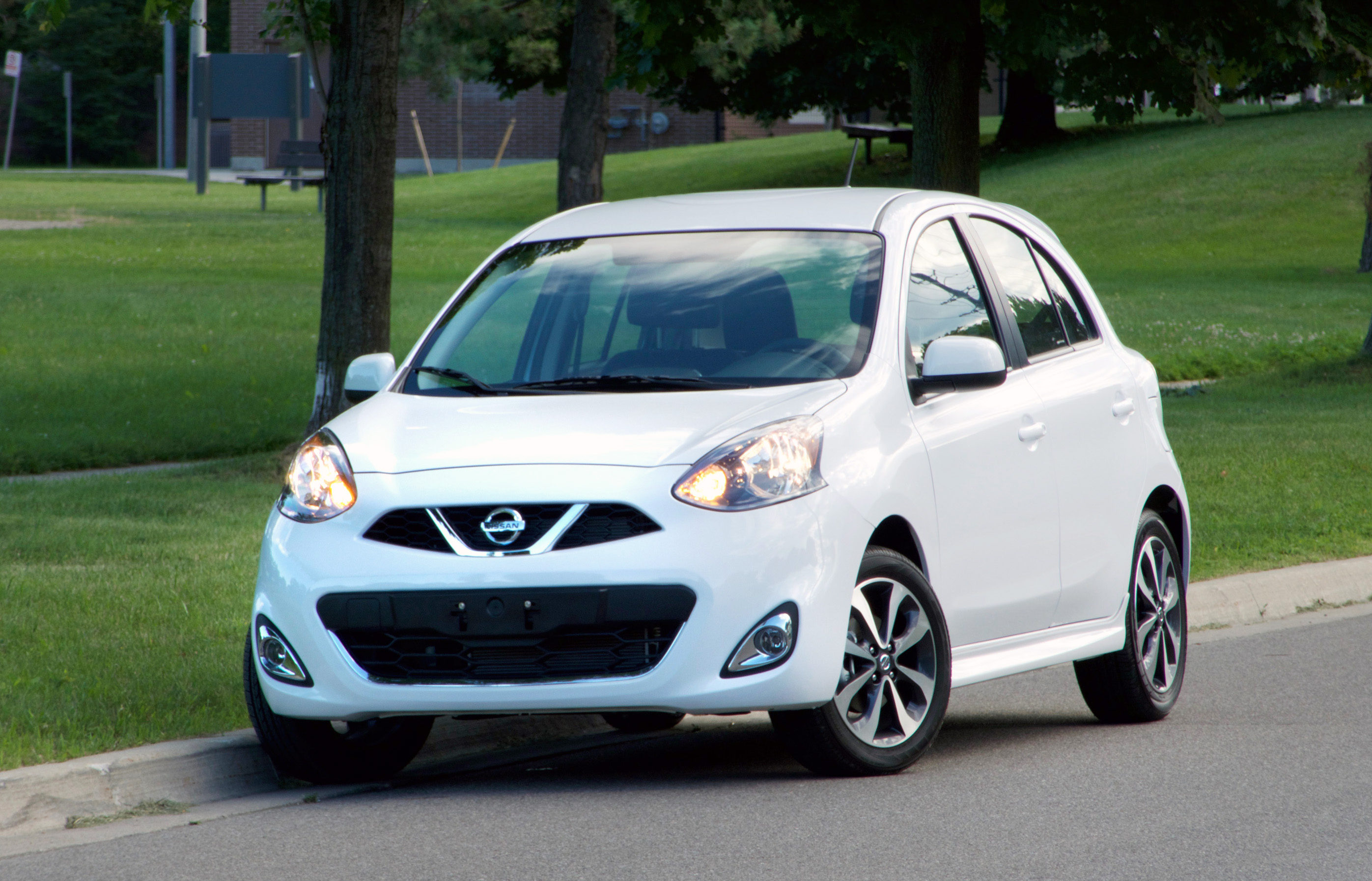 Change of Pace: The 10 Slowest Cars of 2018 Nissan-Micra-SR-2018-main
