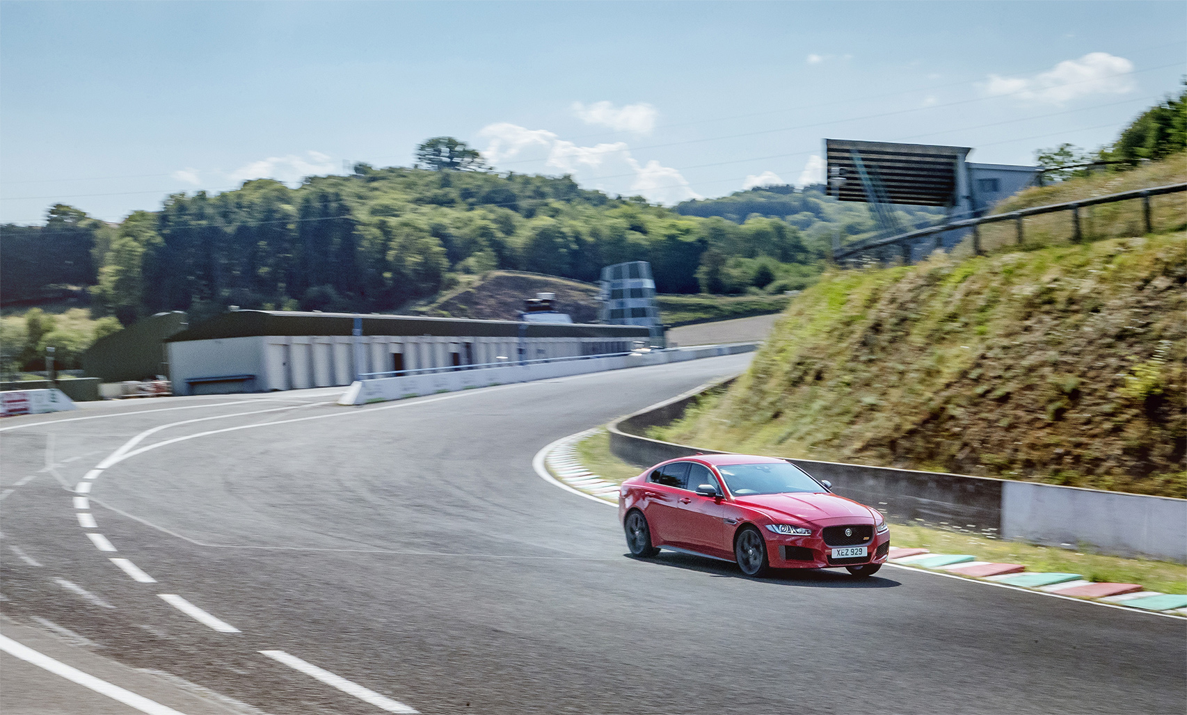 TrackWorthy - 2019 Jaguar XE 300 SPORT at Forgotten GP Circuit (4)