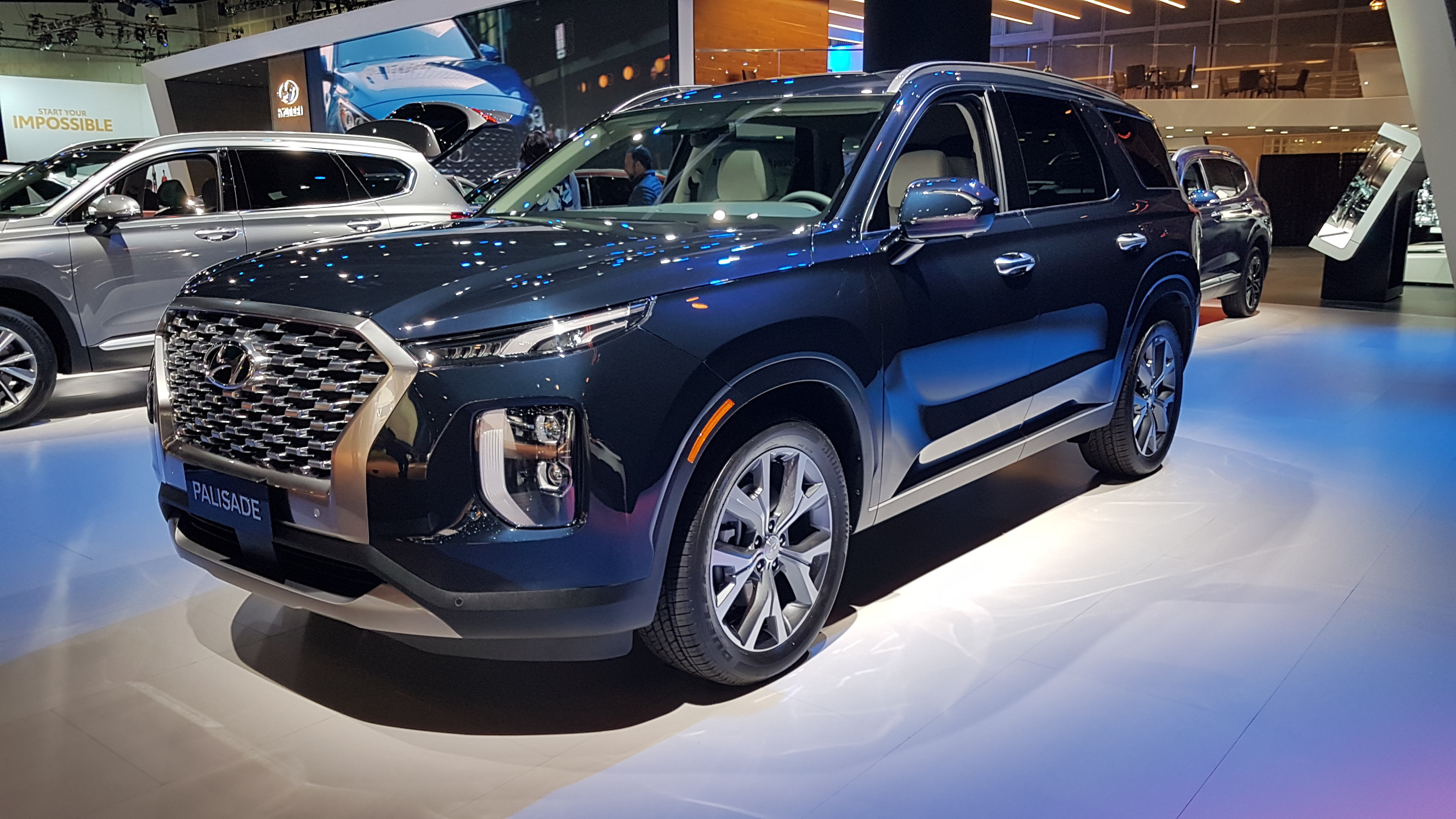 The 2020 Hyundai Palisade Offers Seating For Eight Wheels Ca