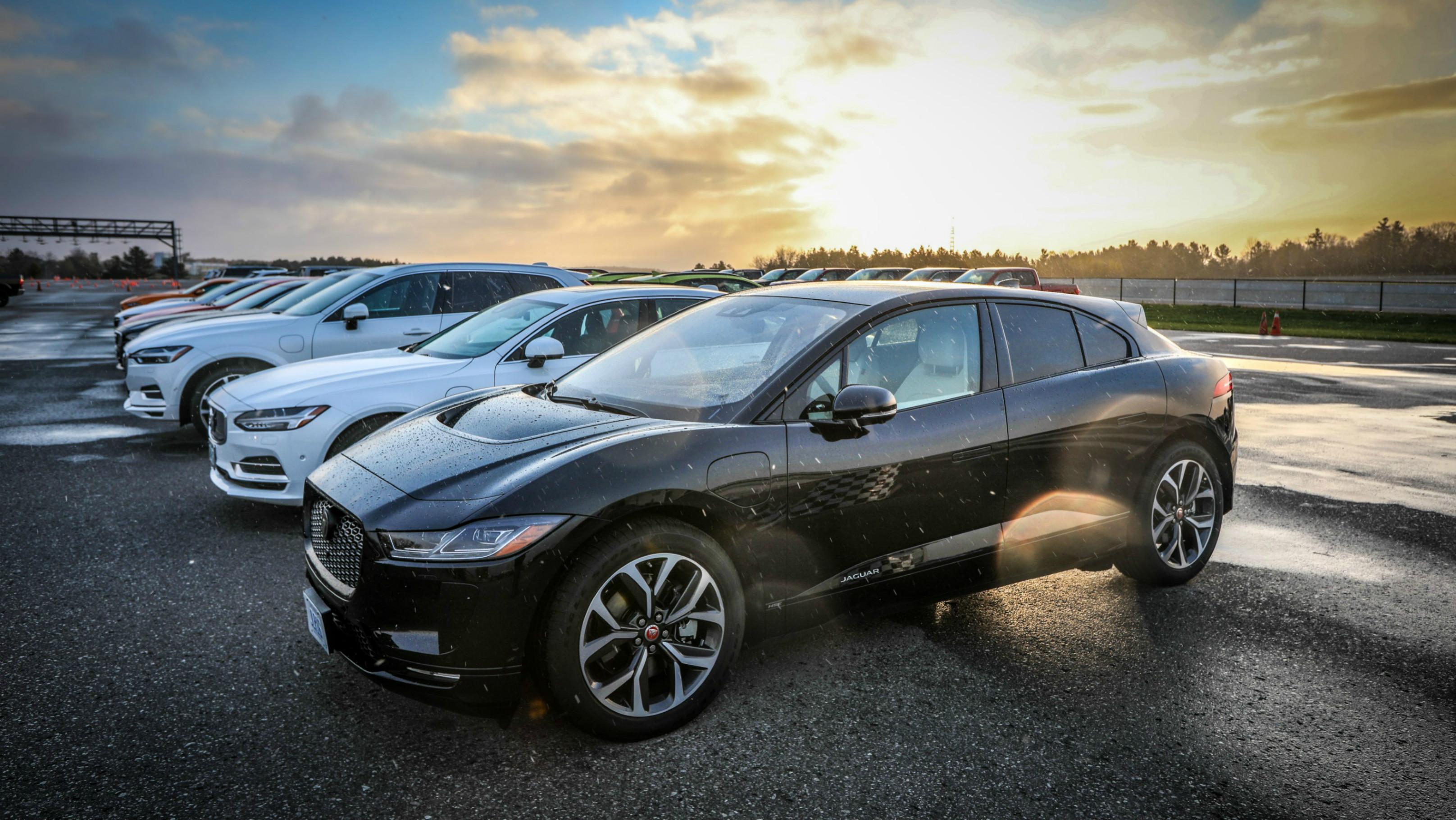 Best Luxury Hybrid >> Best Premium Ev Plug In Hybrid 2019 Canadian Car Of The