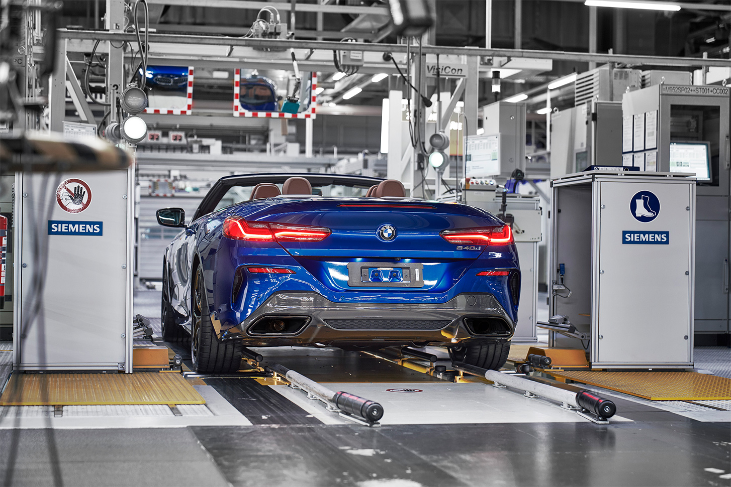 TrackWorthy - First BMW 8 Series Cabriolet rolls off the line - 840d (3)