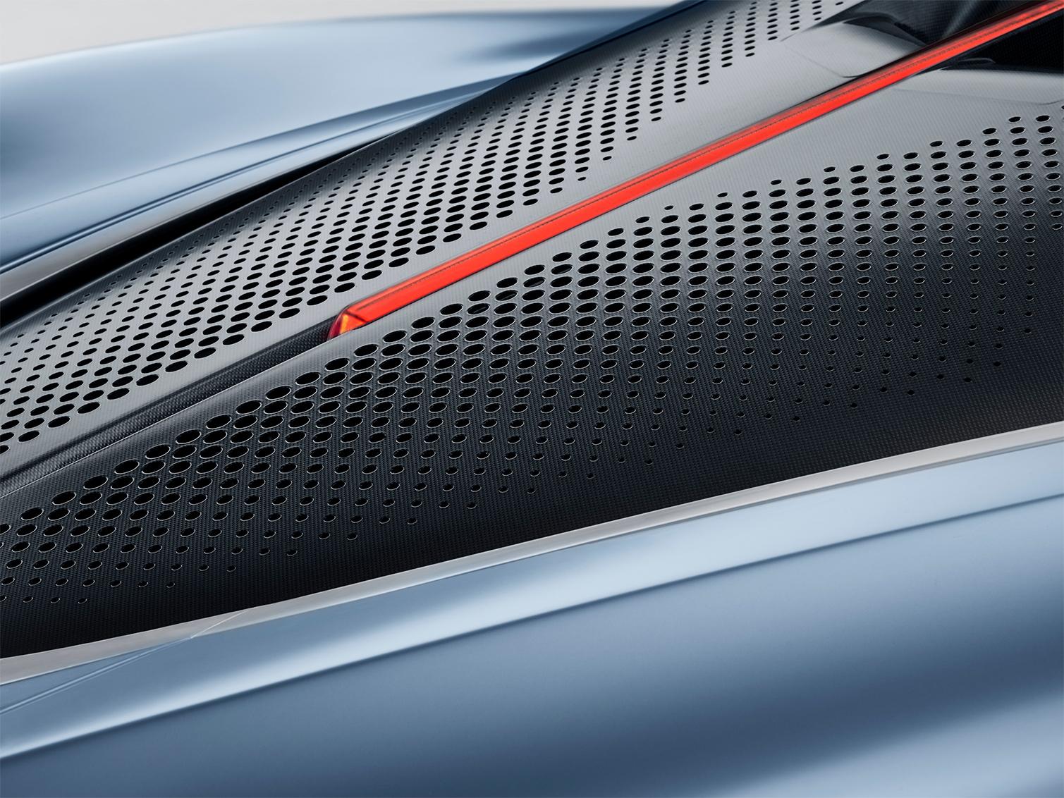 TrackWorthy - McLaren Speedtail (17)