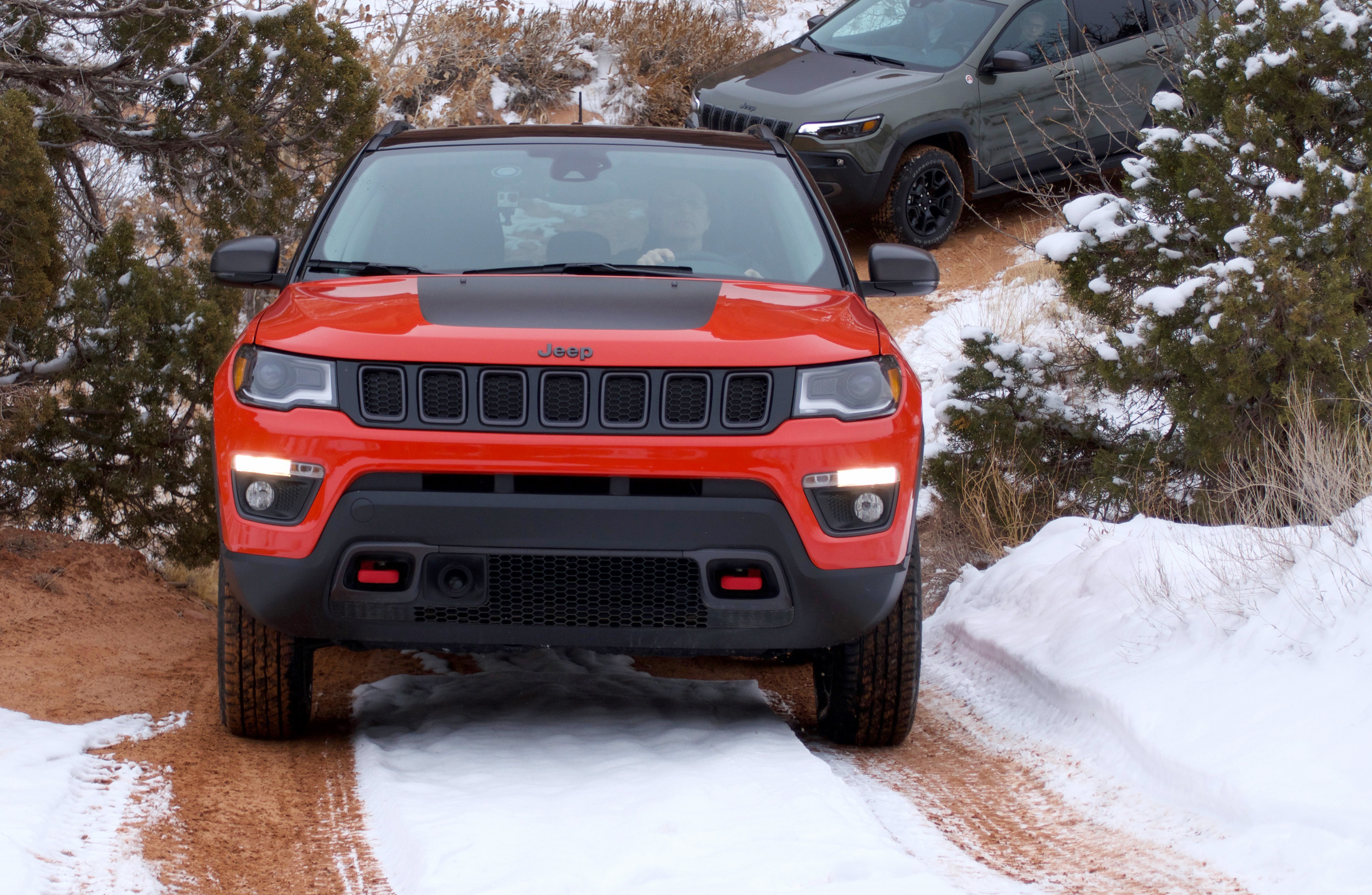 Review: 2019 Jeep Trailhawks – WHEELS ca