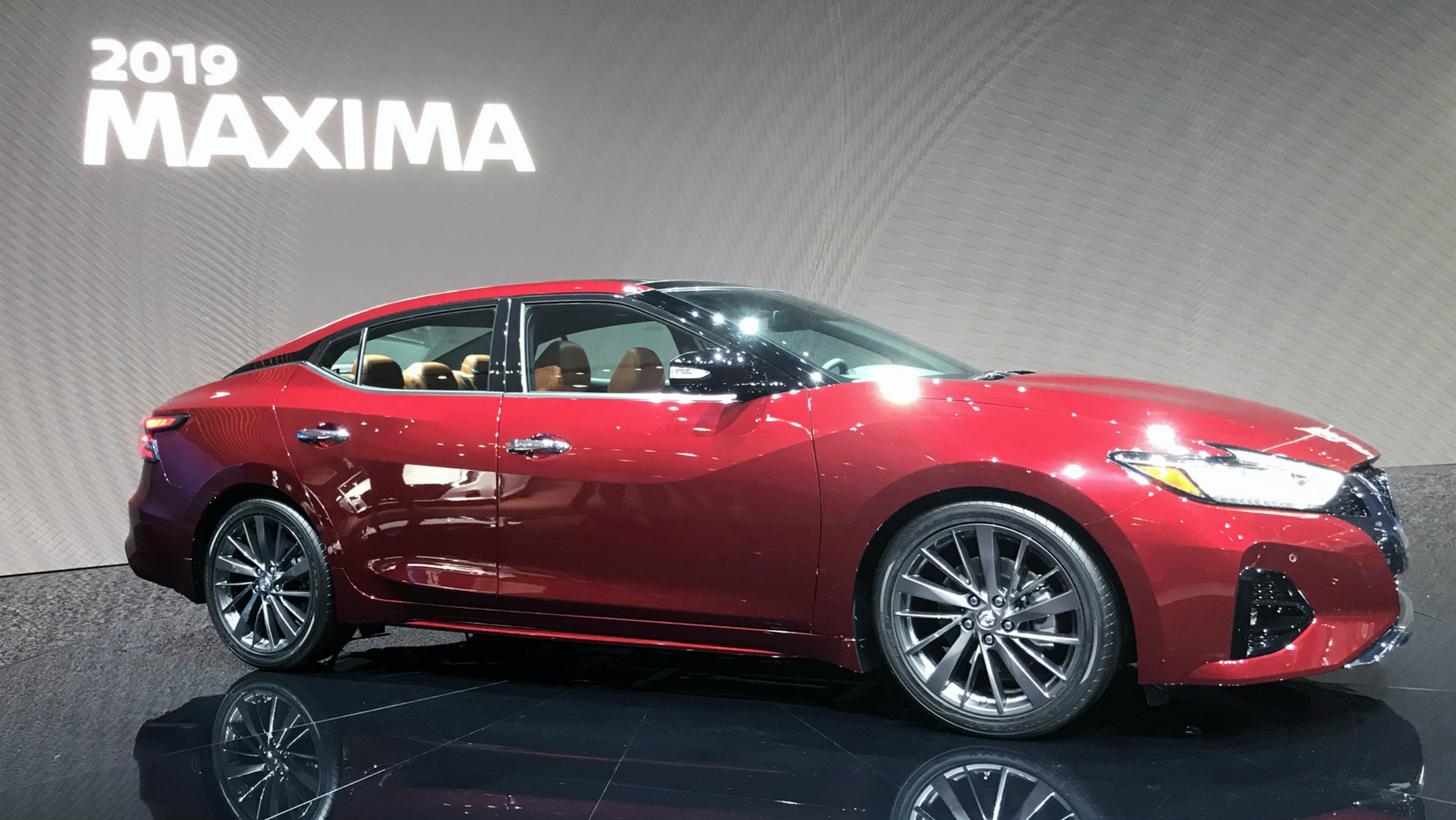 Maxima sports sedan
