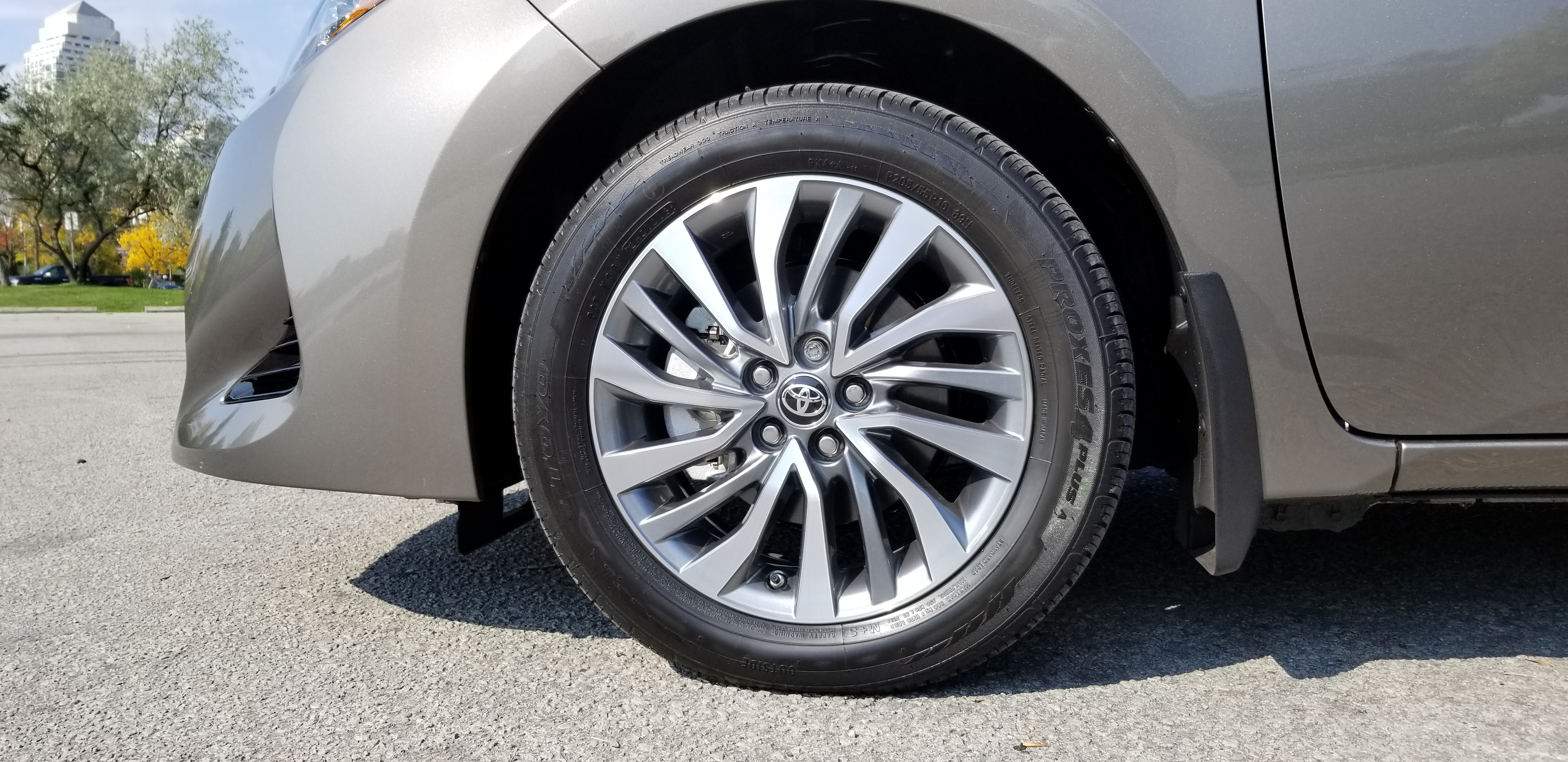 Review 2019 Toyota Corolla Sedan Wheels Ca