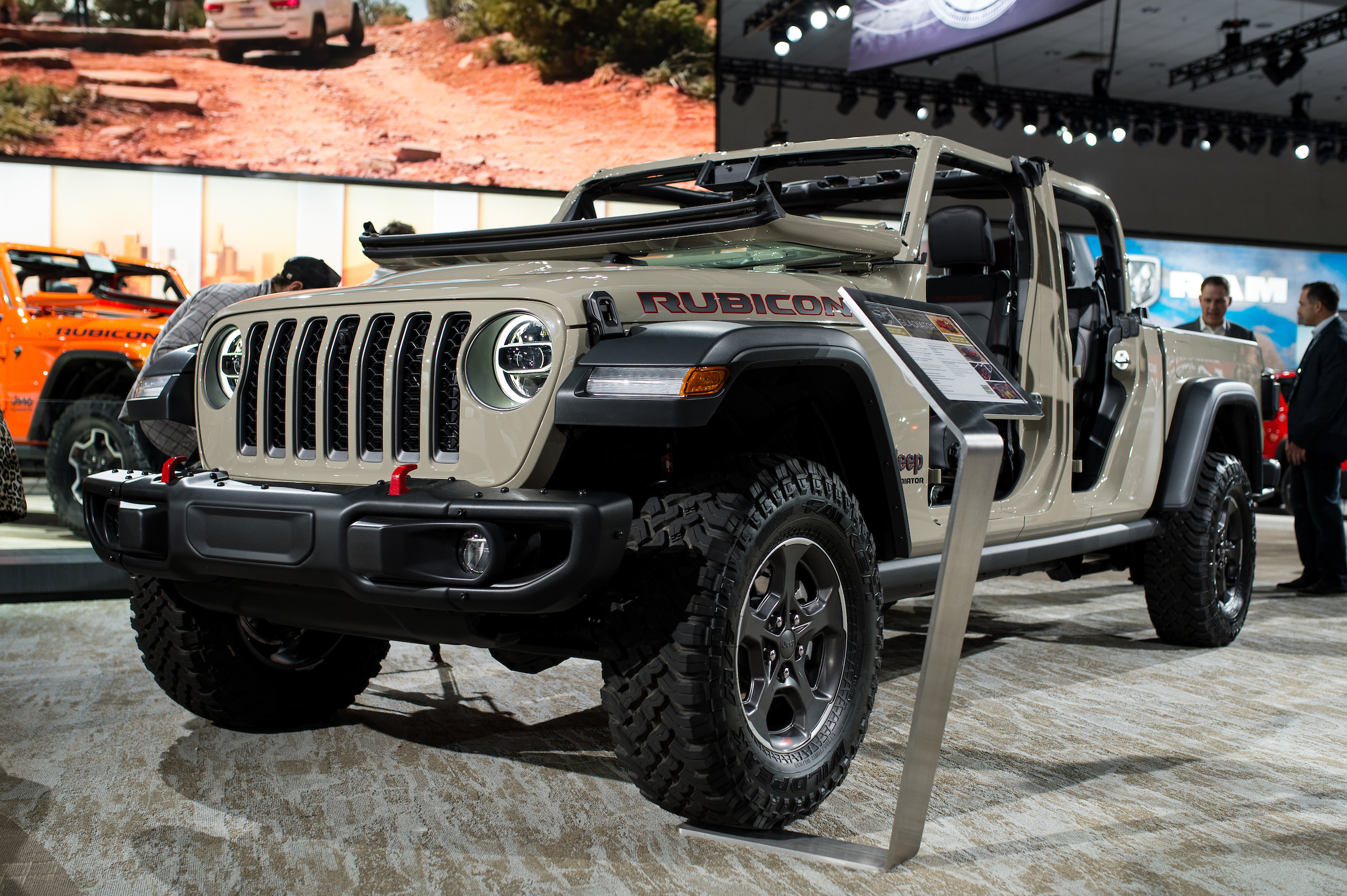 The Highly Anticipated 2020 Jeep Gladiator Is Finally Here Wheels Ca