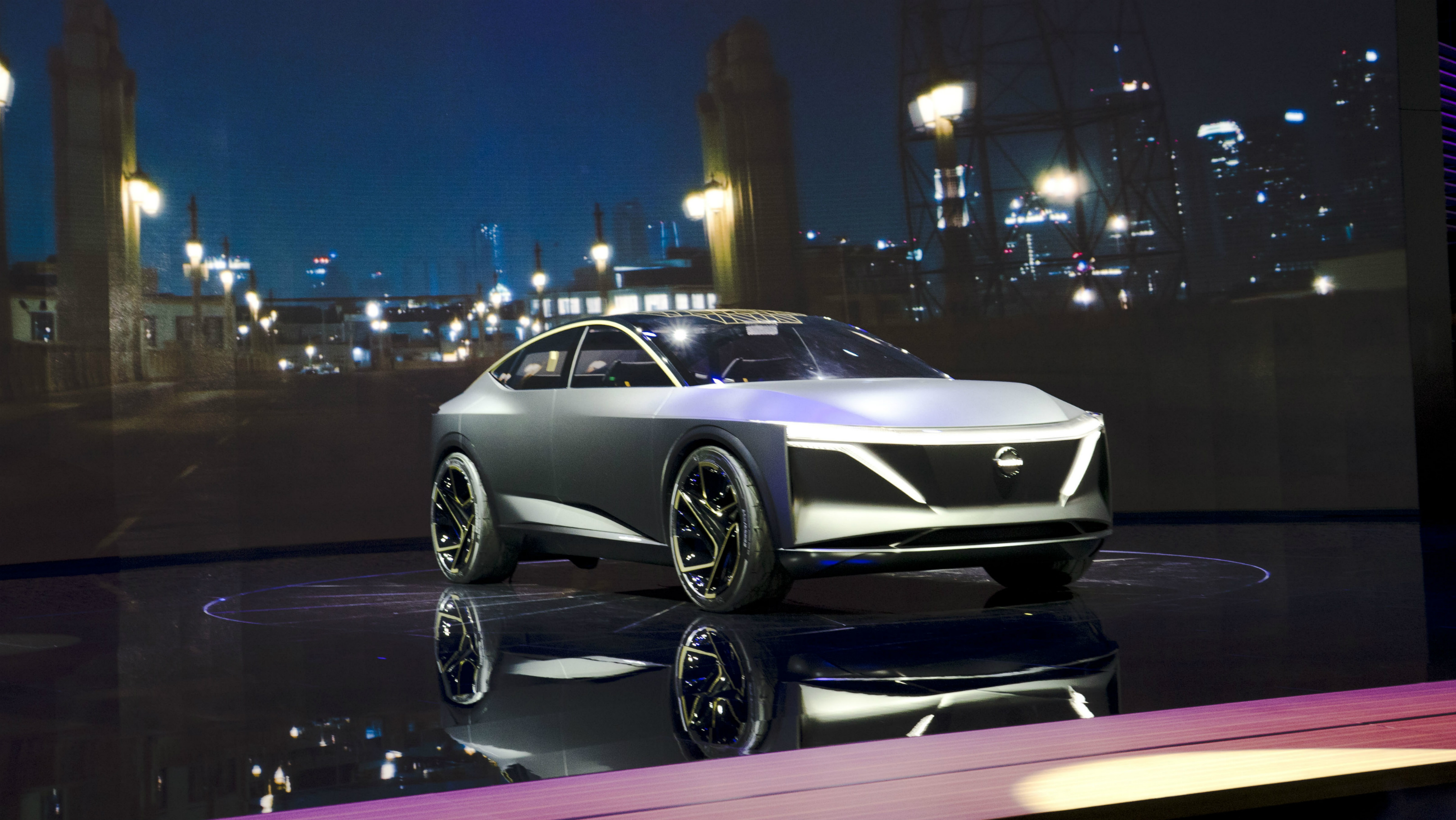 Nissan's IMs Concept is Their Electric Autonomous Car of the Future