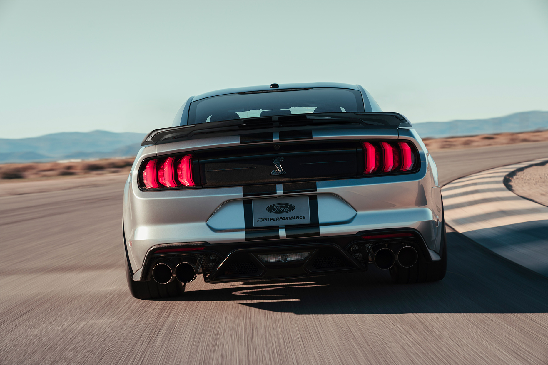 TrackWorthy - 2020 Ford Mustang Shelby GT500 (14)