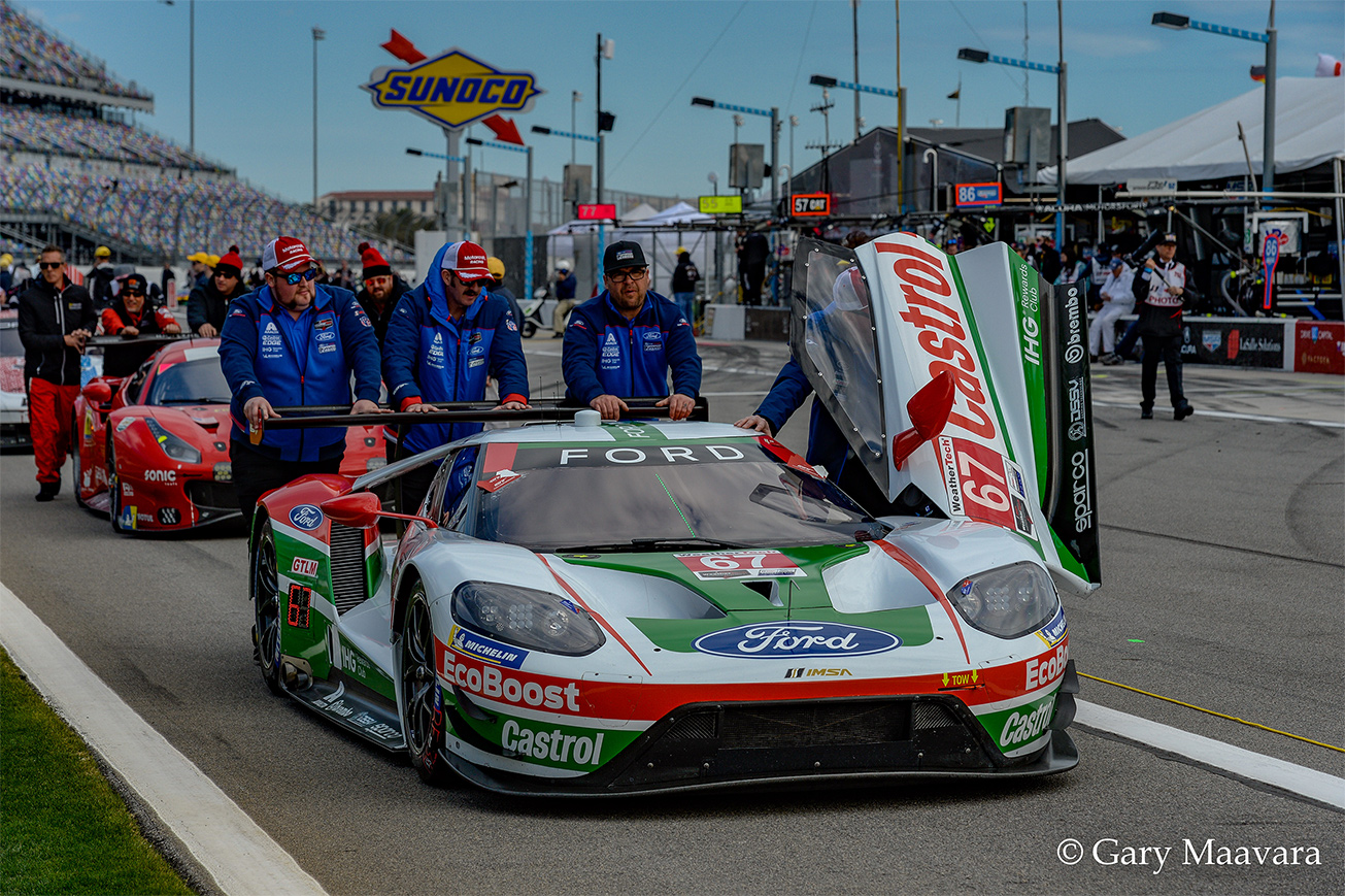 TrackWorthy - Rolex 24_pre-race_#67_Ford GT in classic livery