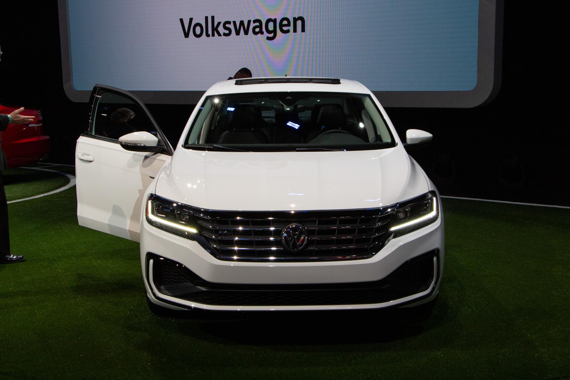 Volkswagen Kicks Off 2020 Passat Sedan Wheels Ca