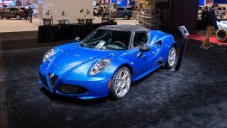 Alfa Romeo Reveals 15-only 4C Spider Italia Edition