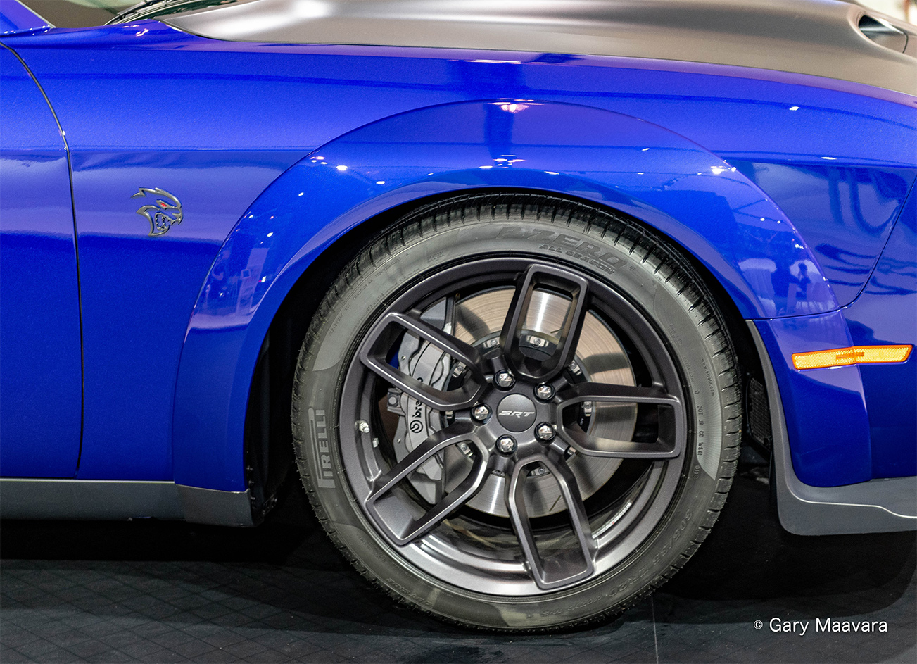 TrackWorthy - CIAS_Dodge Hellcat_wheel _ brake_logo