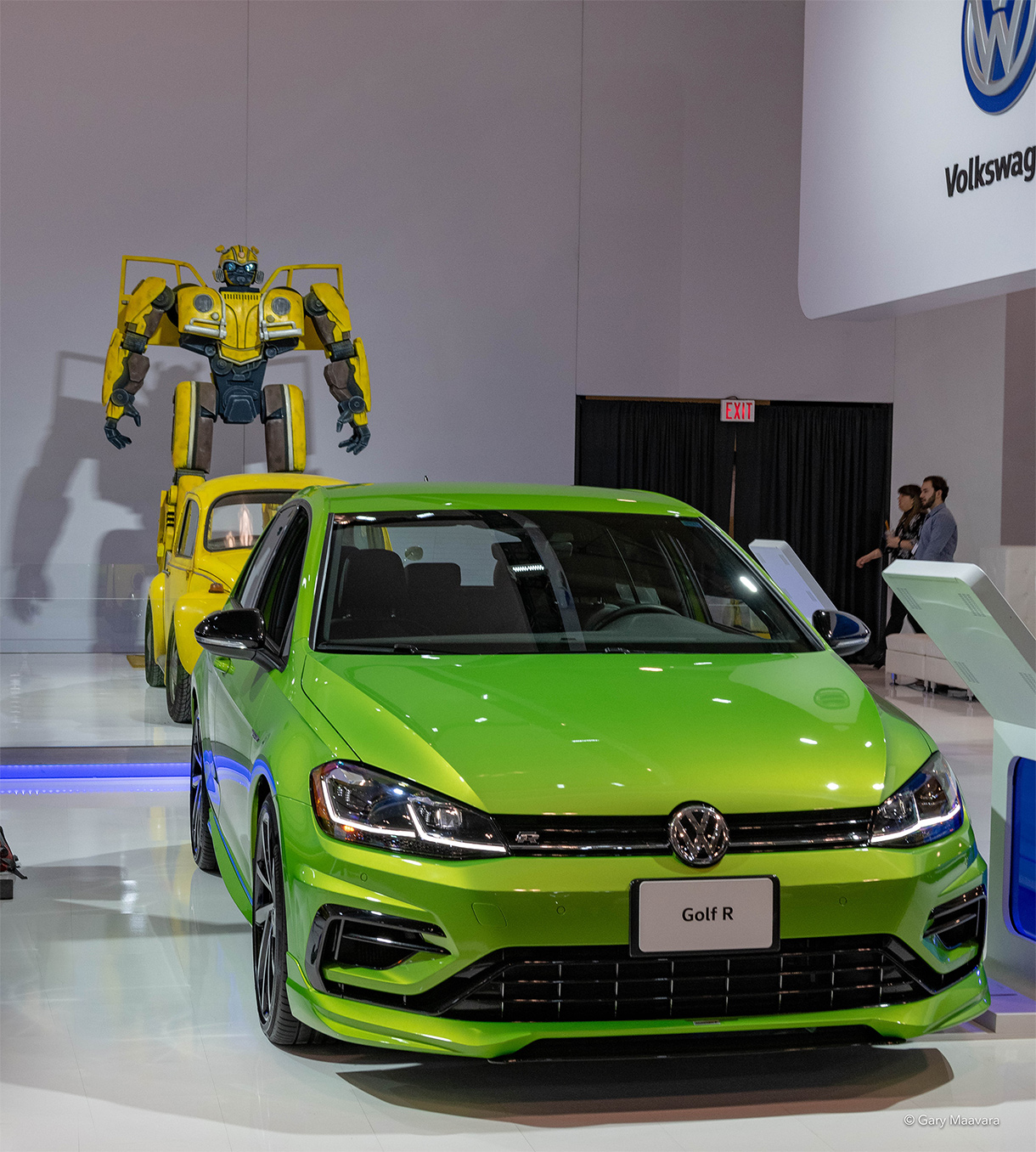 TrackWorthy - CIAS_VW Golf R with Beetle and Transformer