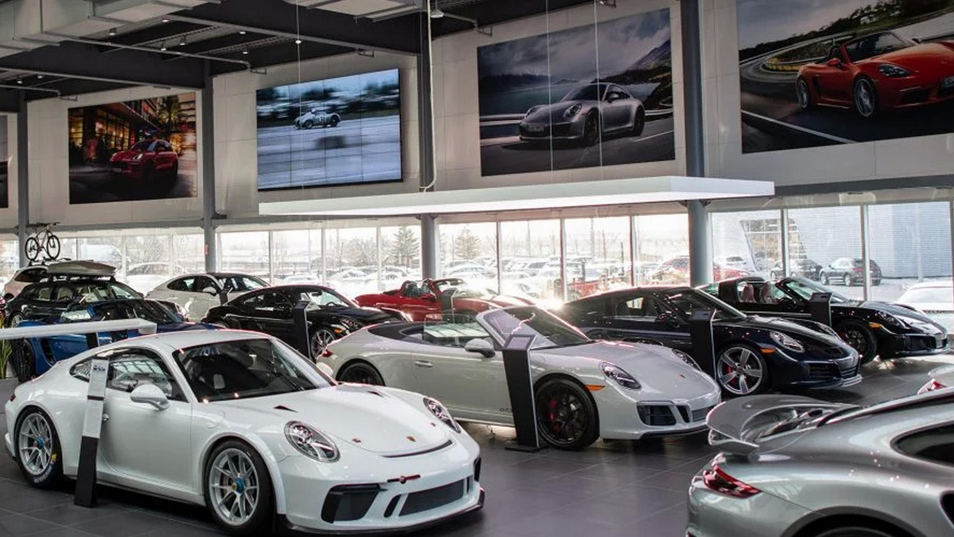 Porsche Centre North Toronto
