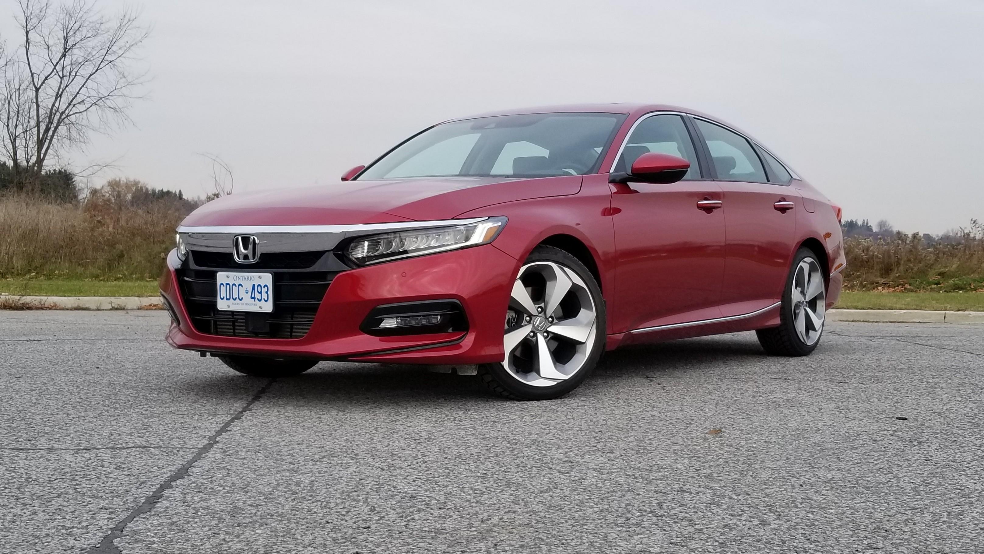 Review 2019 Honda Accord Sedan