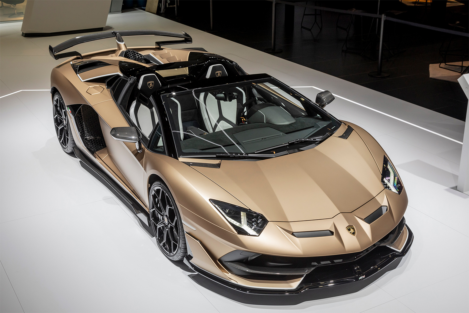 TrackWorthy - Lamborghini Aventador SVJ Roadster (7)