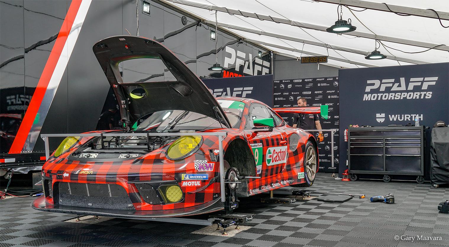 TrackWorthy - WT paddock_Pfaff Porsche_plaid one