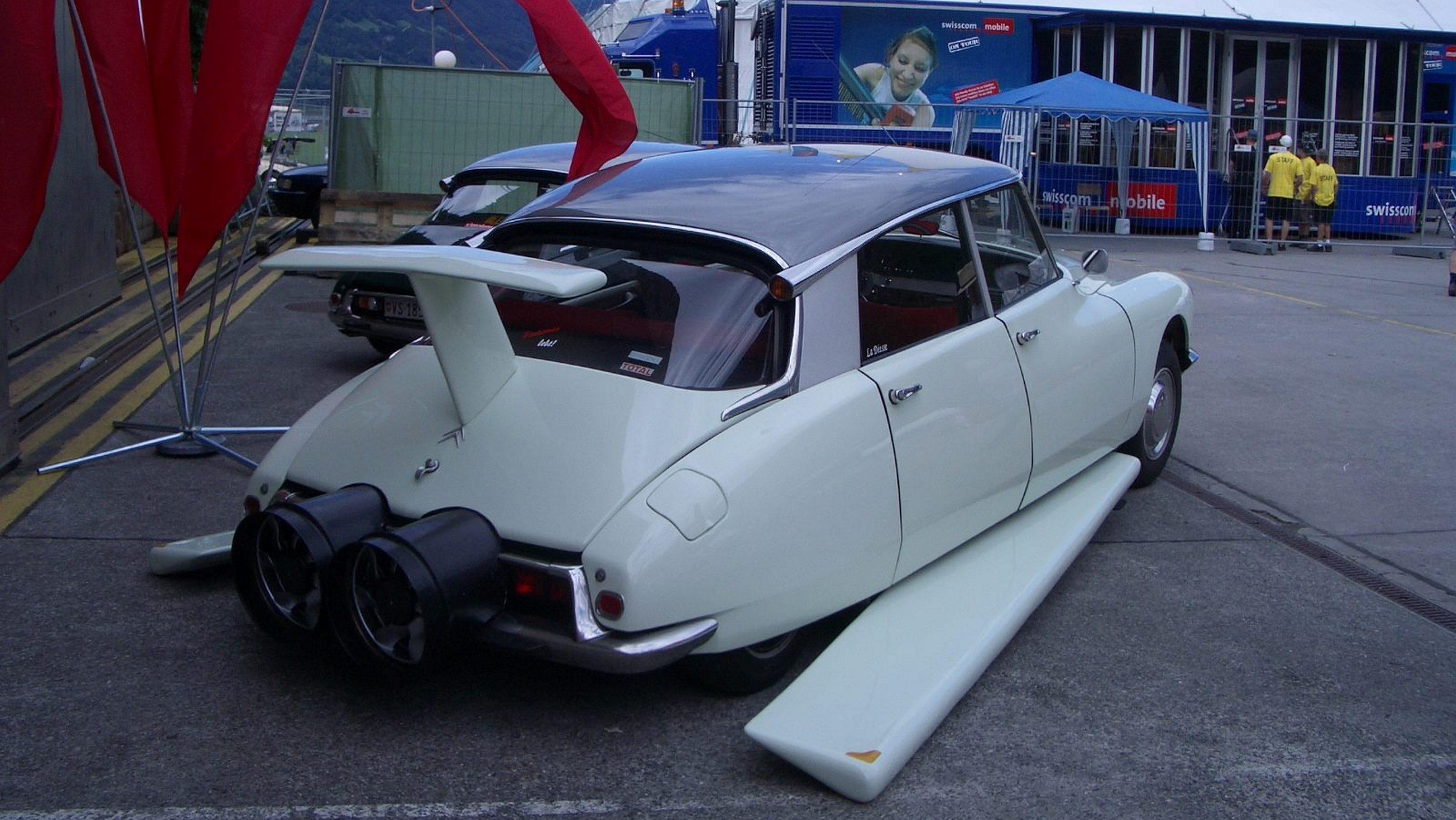 Citroen Had A Ds Rocket Powered Flying Car Wheels Ca