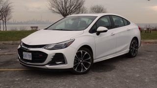 Review 2019 Chevrolet Cruze