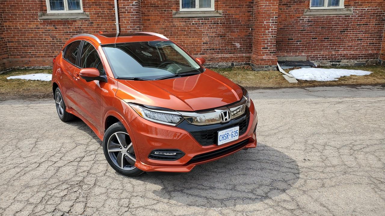 Review 2019 Honda HR-V Touring