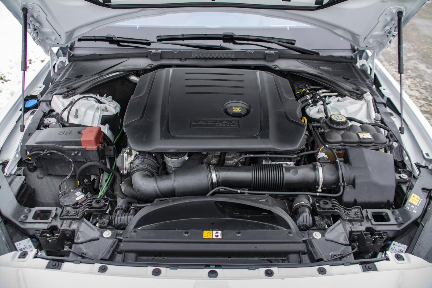 TrackWorthy - 2018 Jaguar XE 2.0d AWD R-Sport Diesel (26)