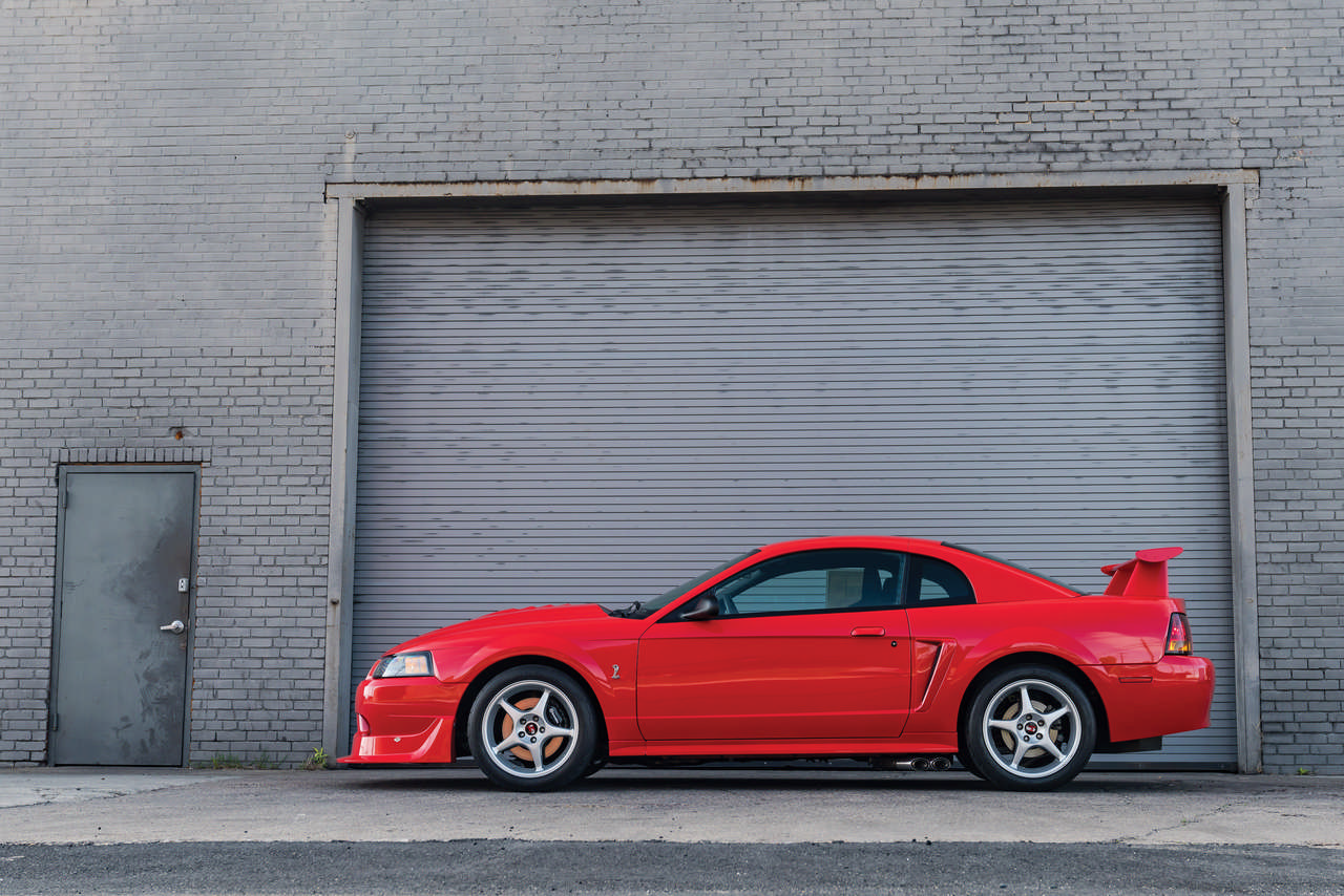 One-of-300 Mustang Cobra R going to Auction – WHEELS ca