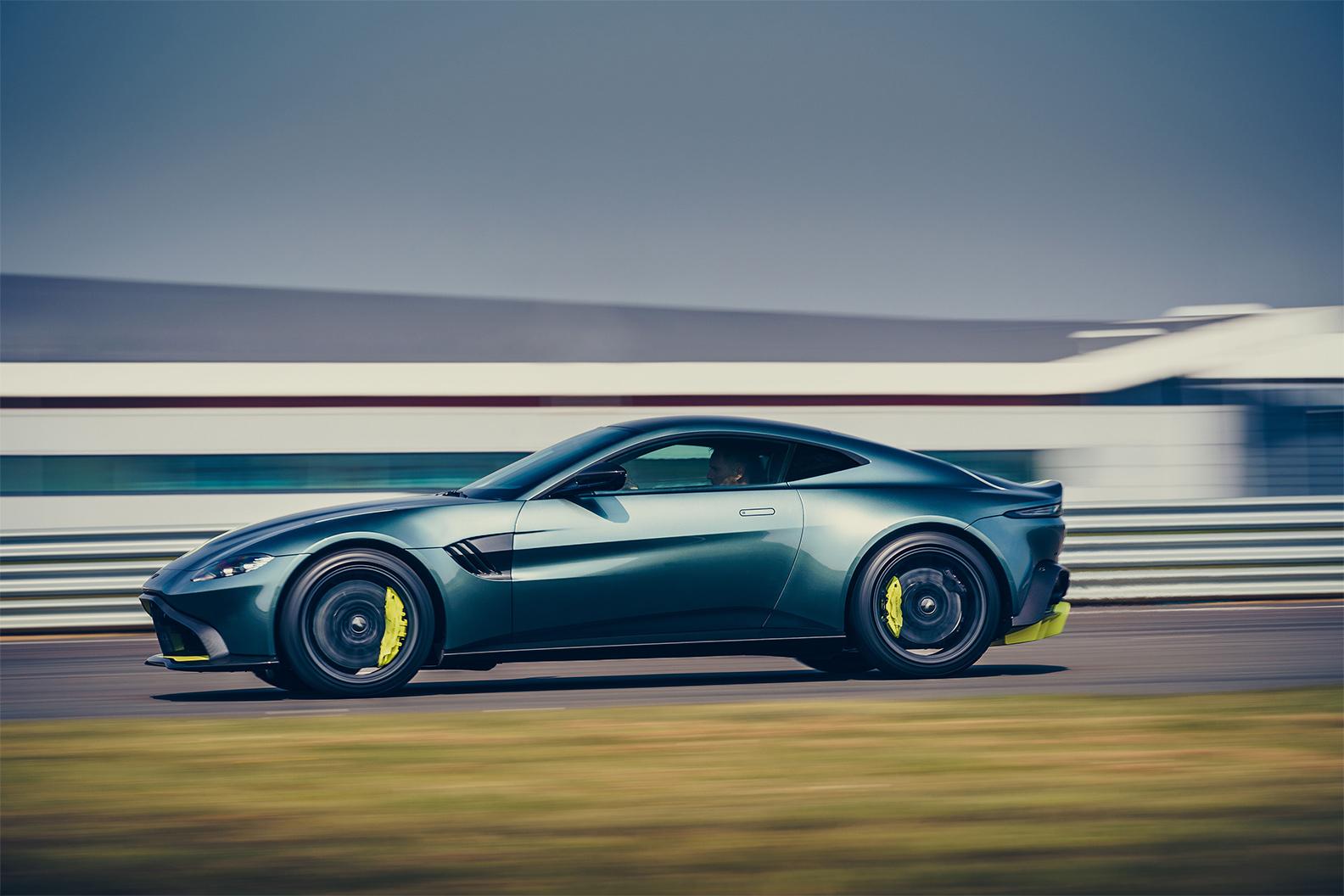 TrackWorthy - Aston Martin Vantage AMR (2)