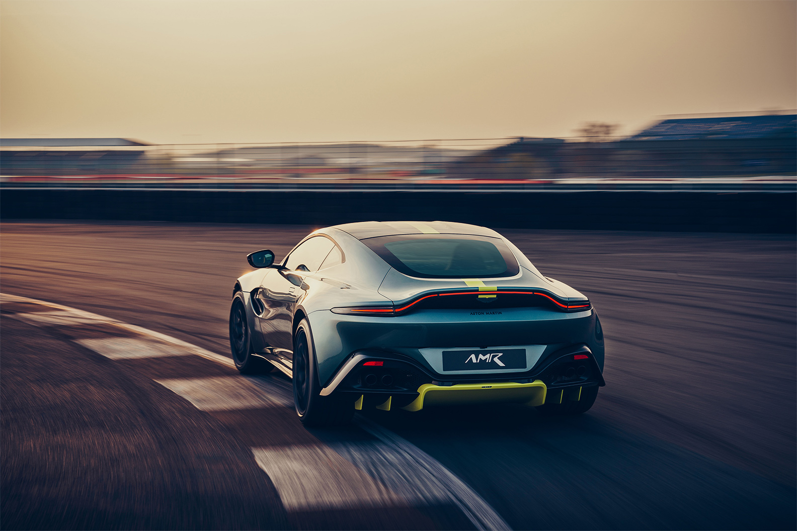 TrackWorthy - Aston Martin Vantage AMR (3)