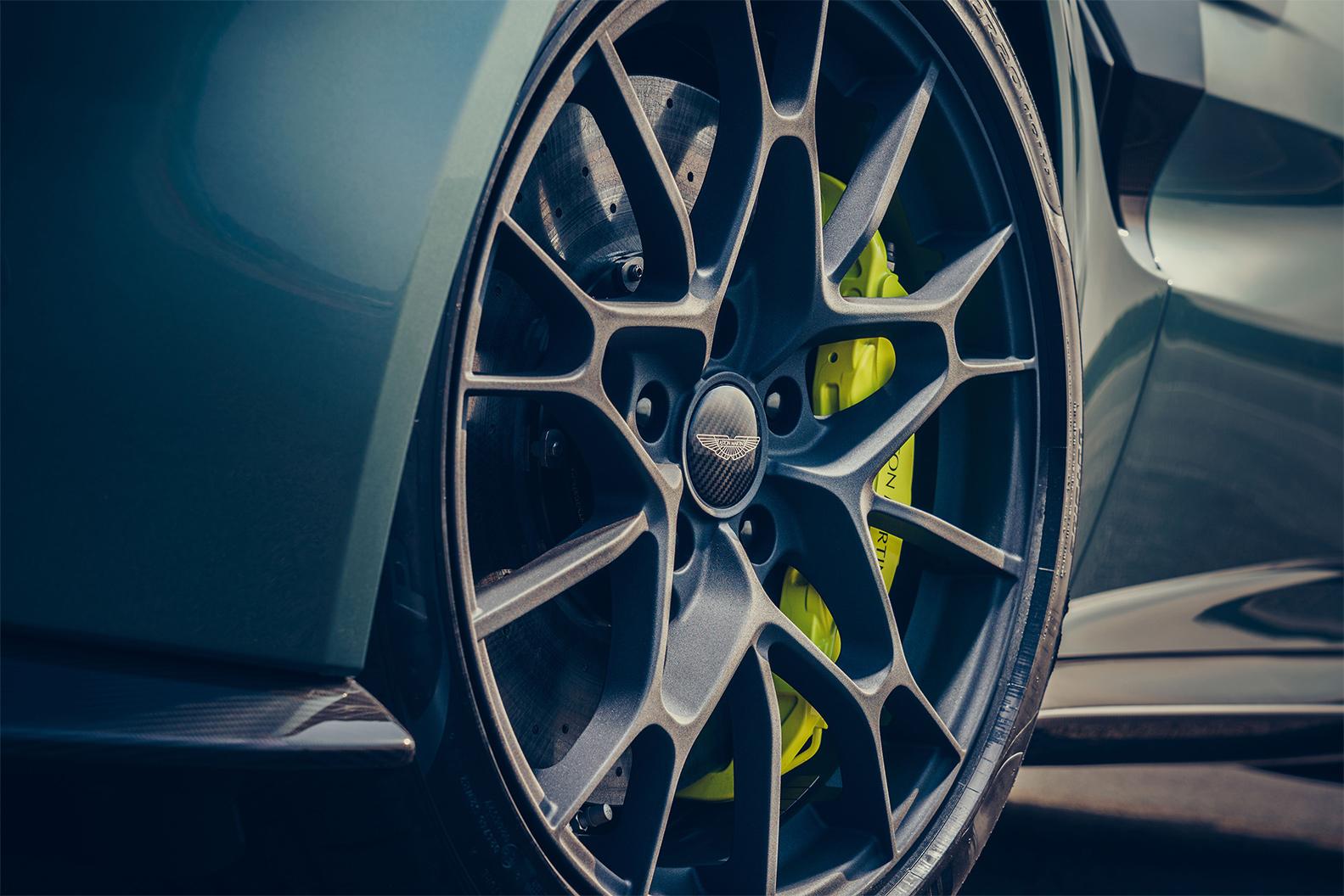 TrackWorthy - Aston Martin Vantage AMR (6)