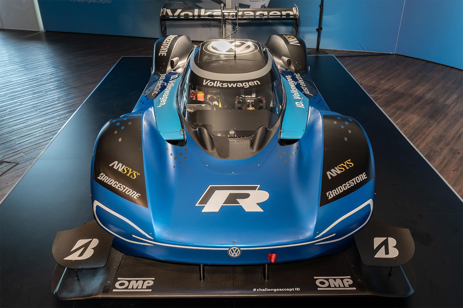 TrackWorthy - Volkswagen ID. R Tests at Nurburgring Nordschleife (3)