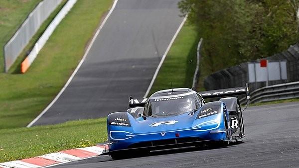 TrackWorthy - Volkswagen ID. R Tests at Nurburgring Nordschleife (7)