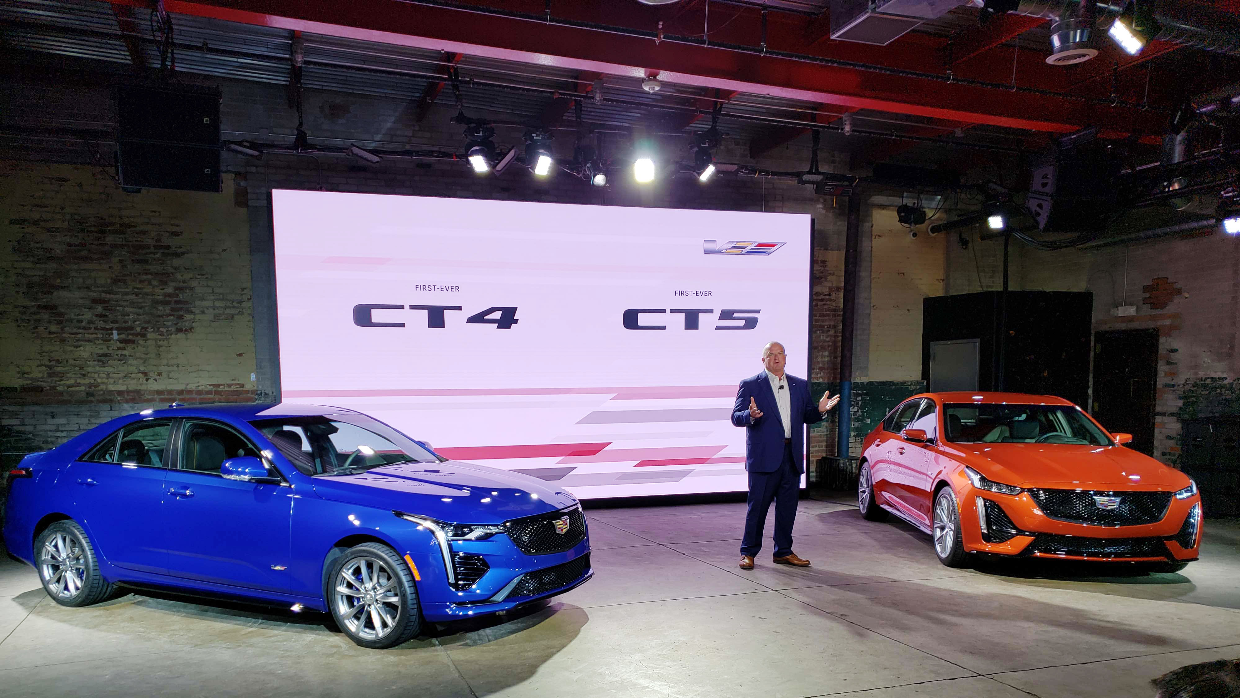 Cadillac CT4 V CT5 V