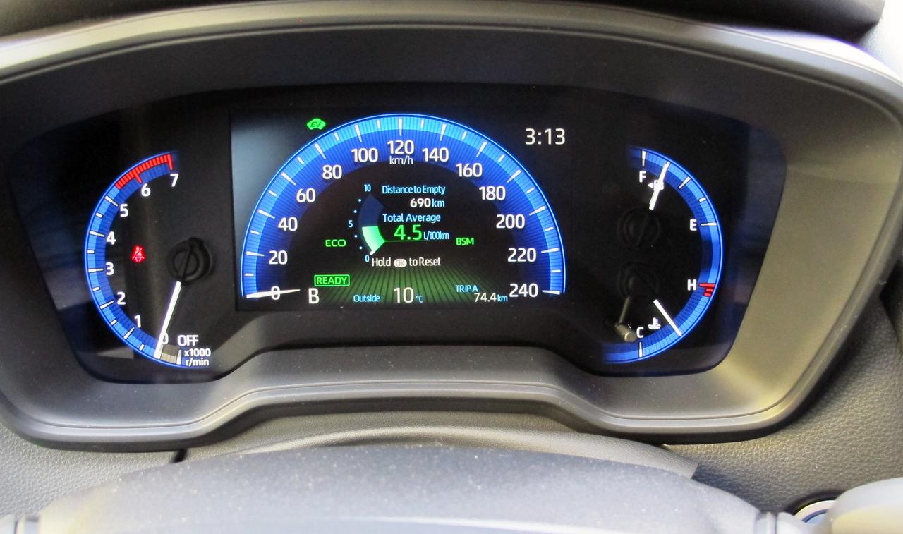 First Drive: 2020 Toyota Corolla Hybrid – WHEELS ca