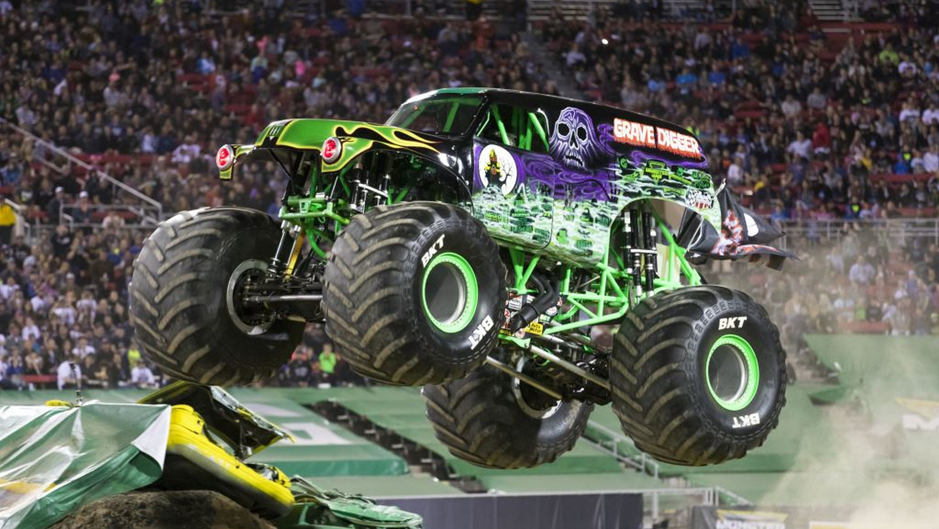 Monster Jam to Bring One Heavy Dose of Girl Power to Toronto – WHEELS ca