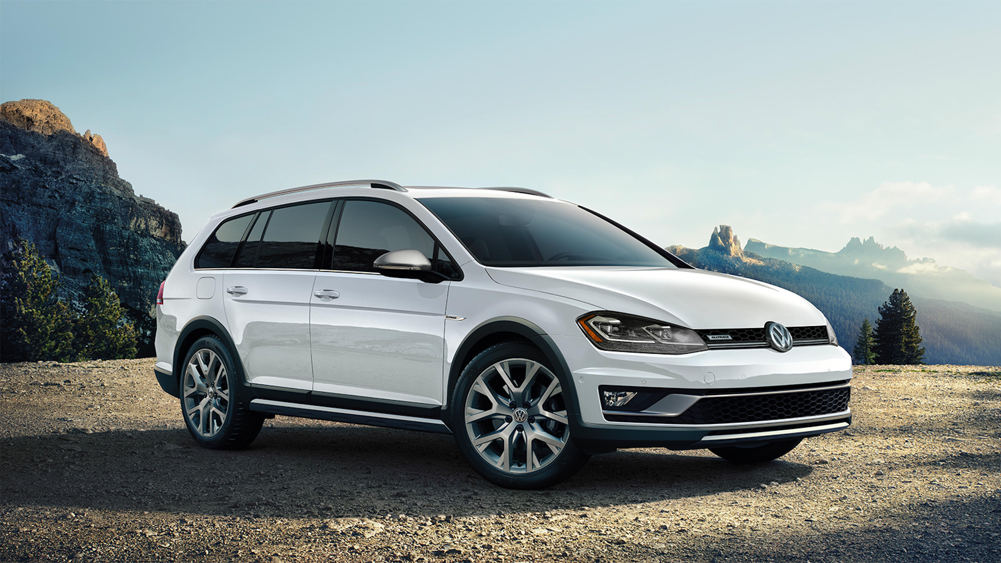 Golf Alltrack and Sportwagen