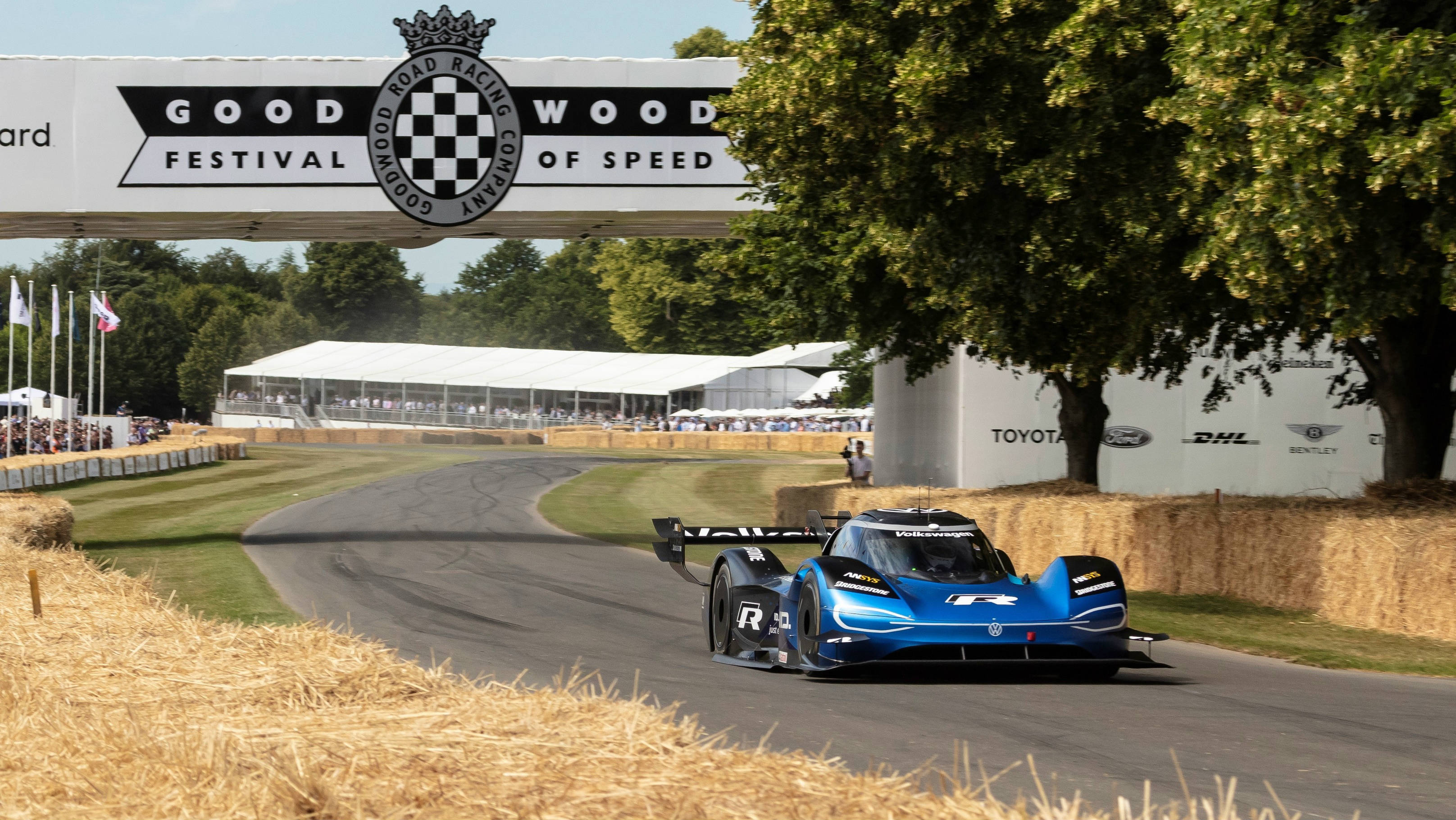 Festival Of Speed >> Id R Smashes 20 Year Old Goodwood Hillclimb Record Wheels Ca
