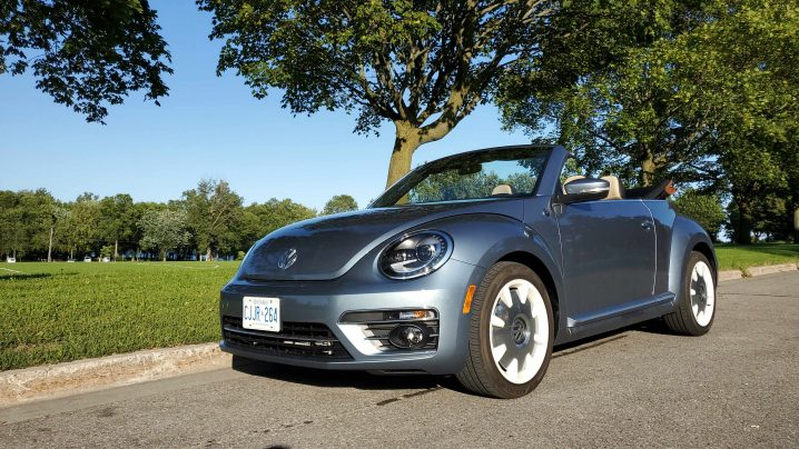 Review 2019 Volkswagen Beetle Convertible