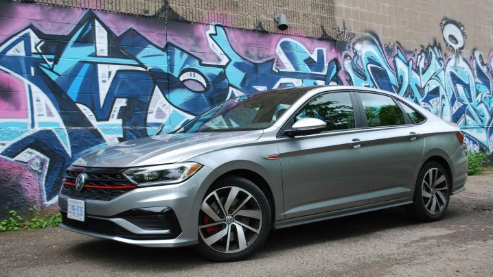 Review 2019 Volkswagen Jetta GLI