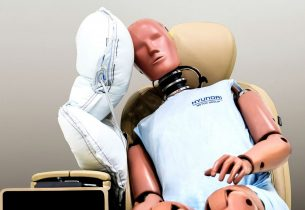 centre side airbag