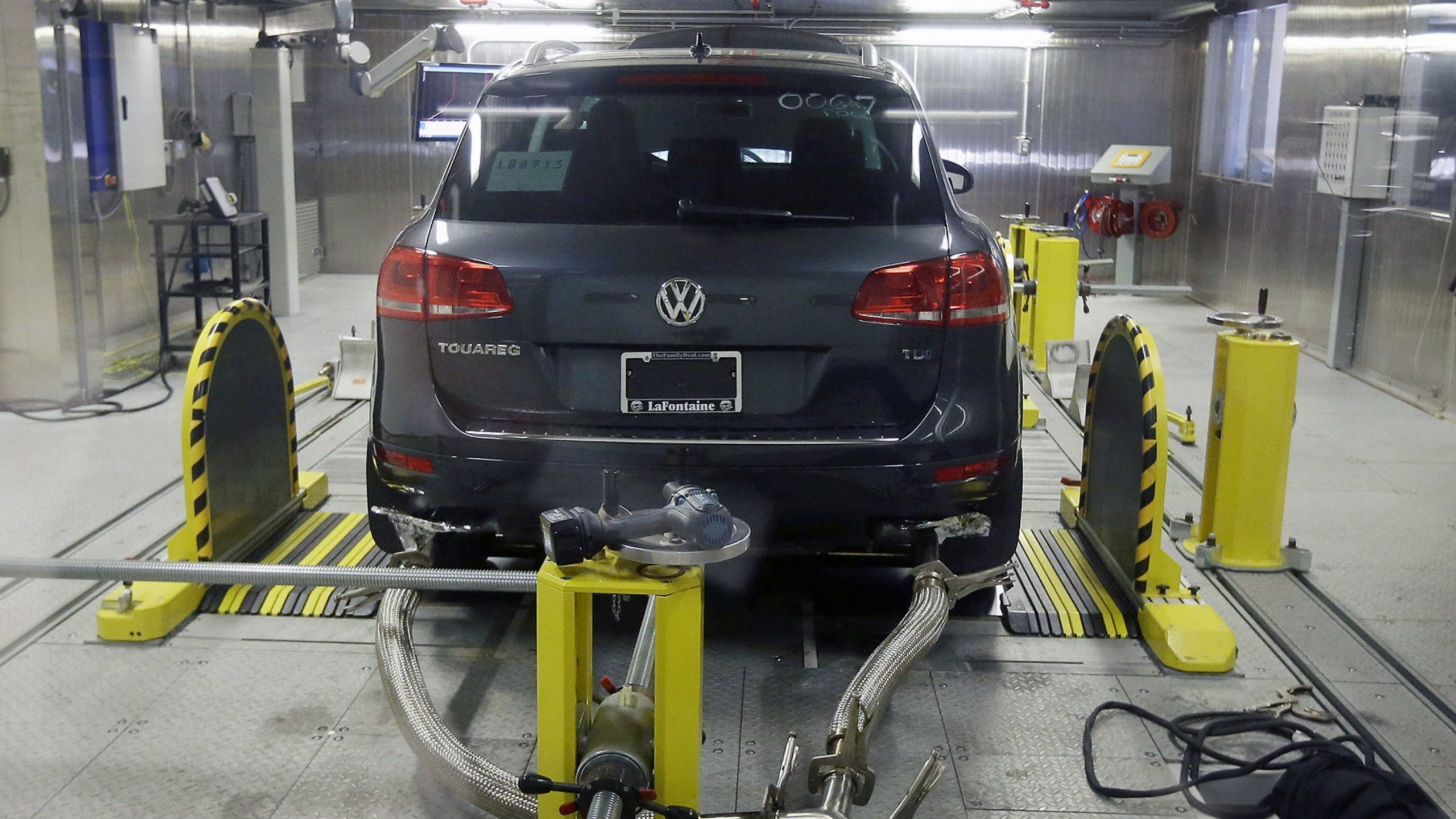 Canada Charges Volkswagen AG in Emissions Scandal