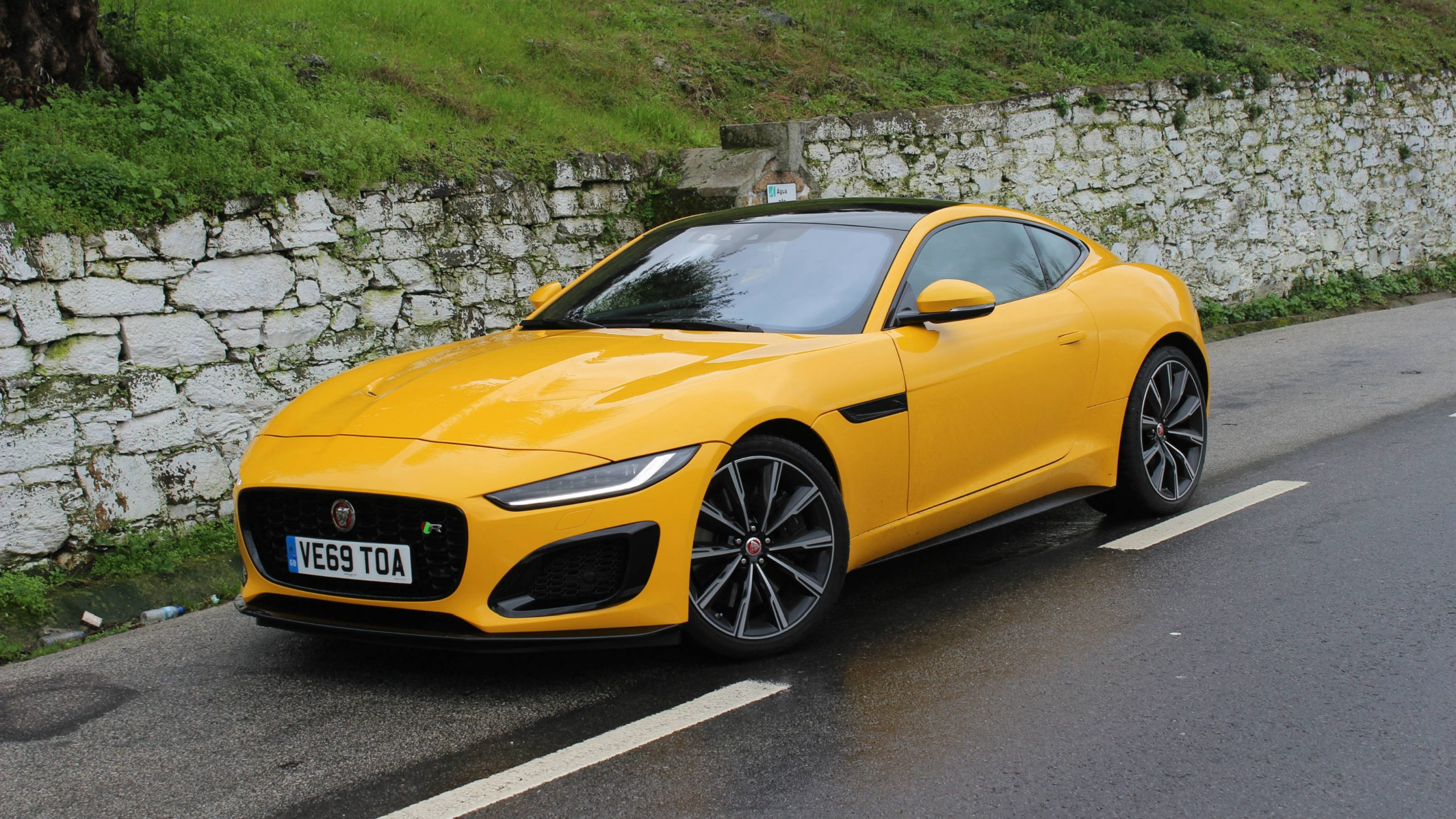 First Drive 2021 Jaguar F-Type