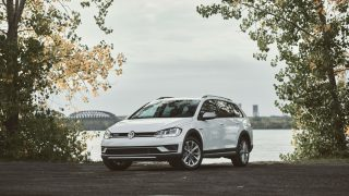 Review 2019 Volkswagen Golf Alltrack