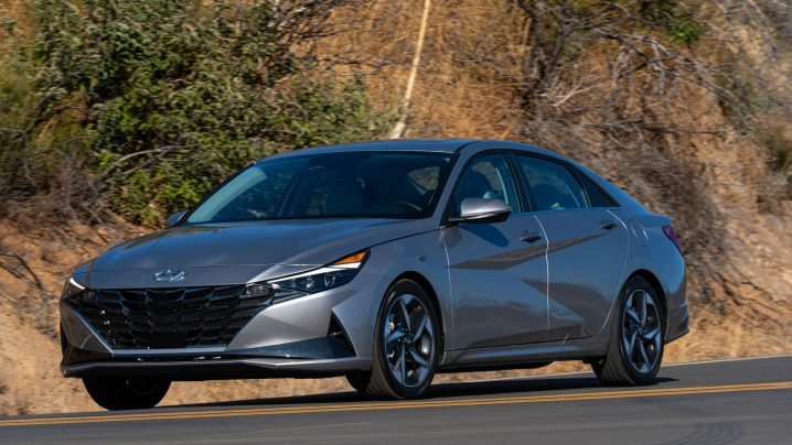 Review 2021 Hyundai Elantra