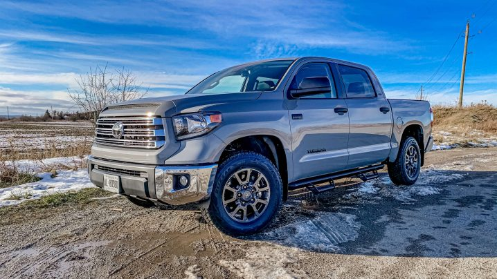 Review 2021 Toyota Tundra Trail