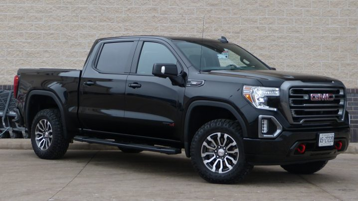 Review 2020 GMC Sierra AT4