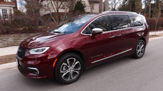 Review 2021 Chrysler Pacifica