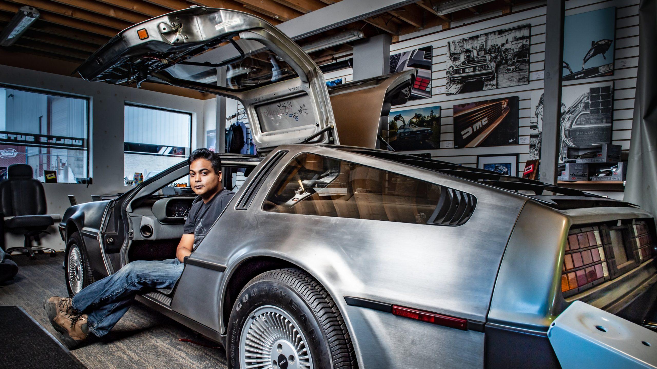 Restoring DeLorean
