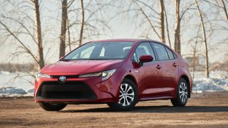 Review 2021 Toyota Corolla Hybrid