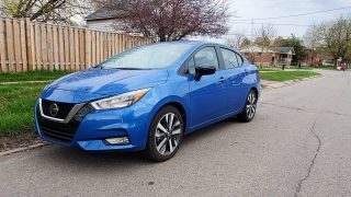 Review 2021 Nissan Versa SR