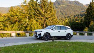 BMW iX M50i